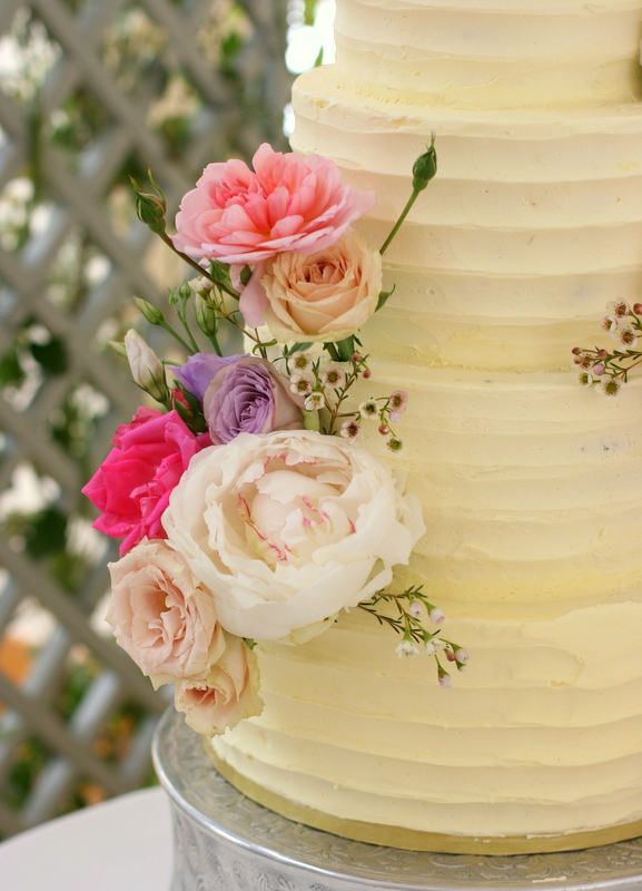 Buttercream ruffle cake for a Spring wedding at Pembroke Lodge, Richmond Park, Surrey