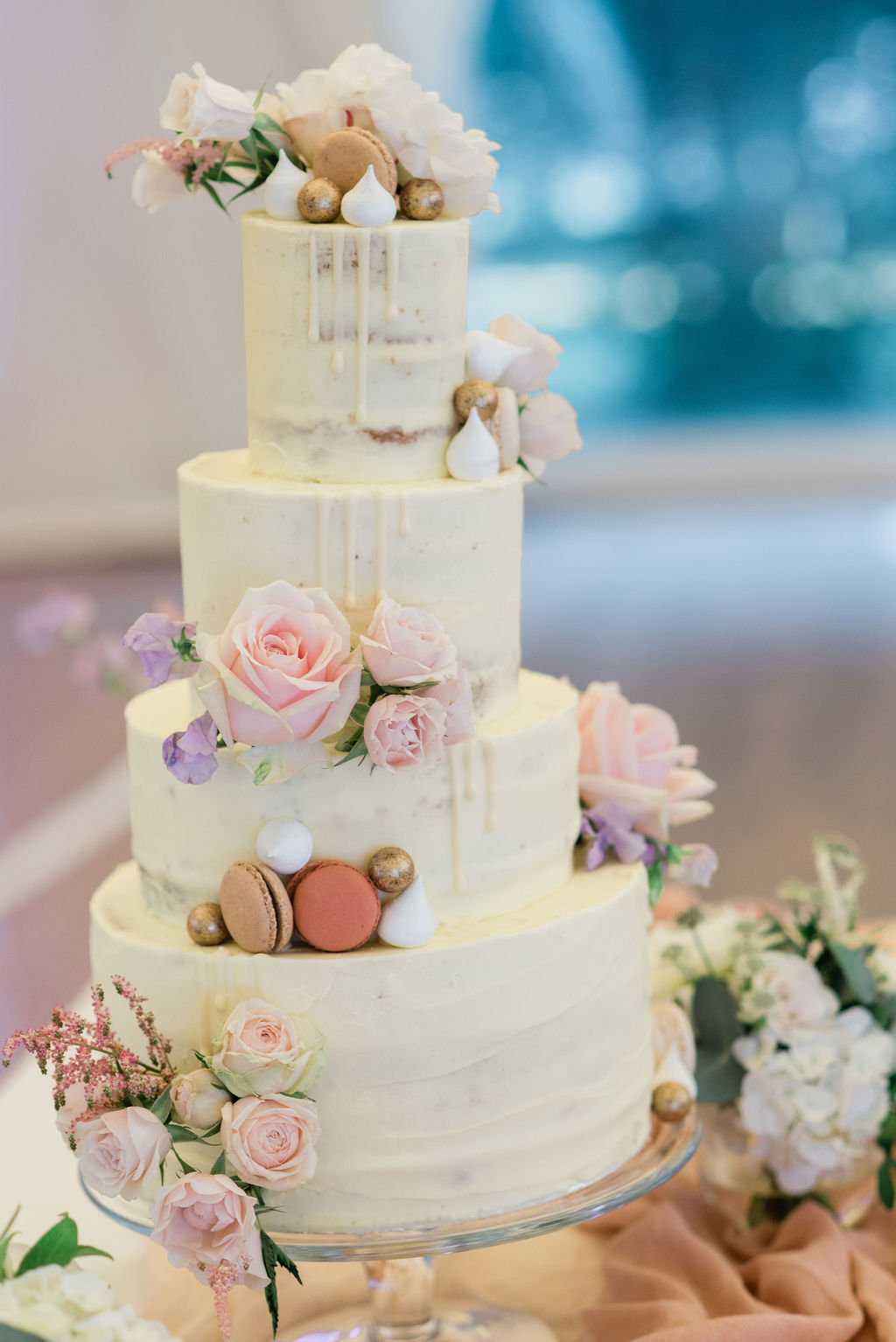 4 tier buttercream cake for a summer wedding at Chiswick House, London | Sugar Plum Bakes