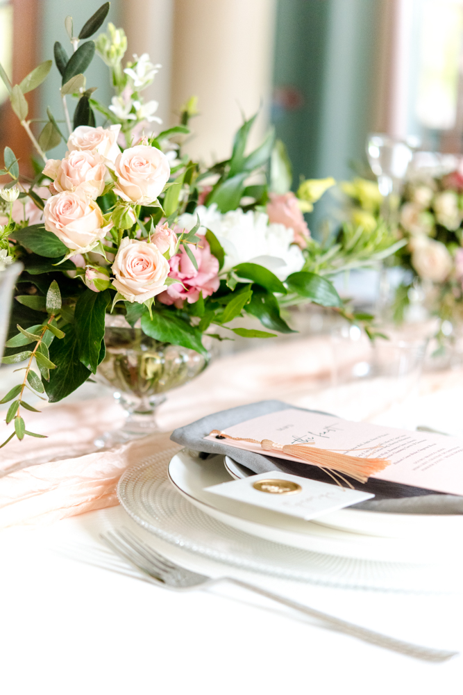 Romantic place setting for wedding at Wotton House, Dorking, Surrey. Photo by Neli Prahova